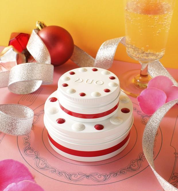 【クリスマスコフレ2020】DUOからショートケーキ型クレンジングバームを含むデュオ ザ コフレセット2020が登場_1