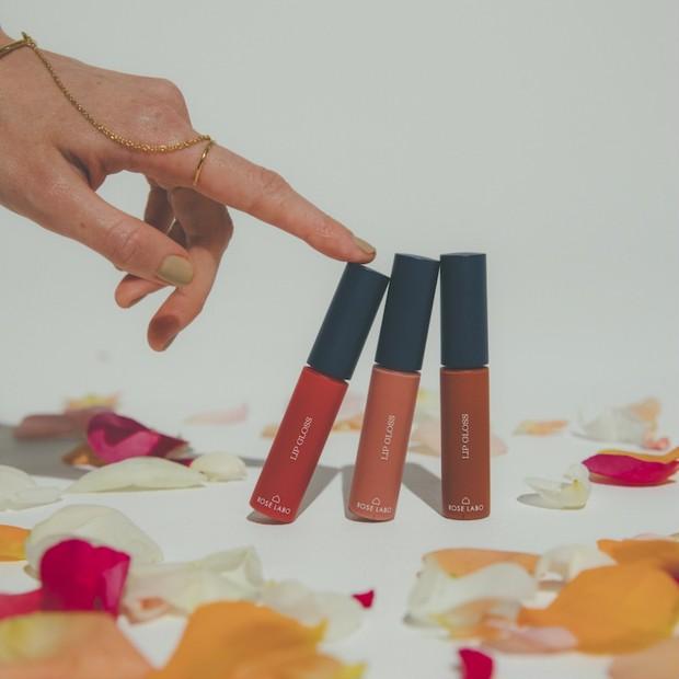 プレゼントあり! 自然派コスメ「ROSE LABO」からヘアメイク木部明美氏監修の色付きリップ美容液登場