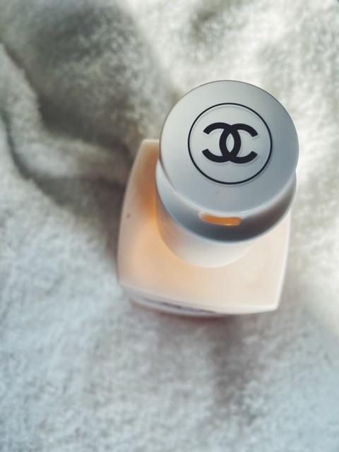 【シャネル(CHANEL)2020クリスマスコフレ】香り×保湿でしっとりラグジュアリーな気持ちになるボディケアアイテム【N°5 ザ ボディ ローション】_2