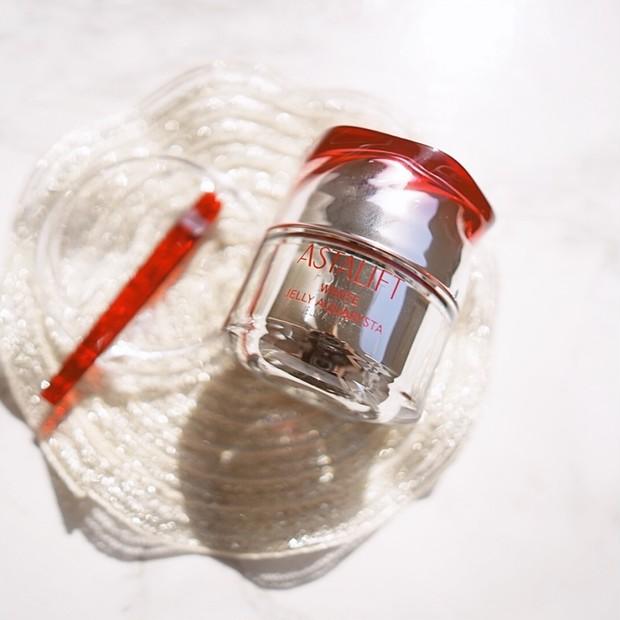【動画あり】3/1発売 美白機能搭載の導入美容液アスタリフト ホワイトジェリー アクアリスタで極上ぷるジュワジェリーで素肌美人へ