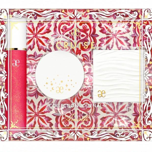 「エレガンス クルーズ コレクション ジャーナル アマルフィ」が11/16限定発売! ゴールドレッドのリップグロスなど3品をセット【クリスマスコフレ2020】
