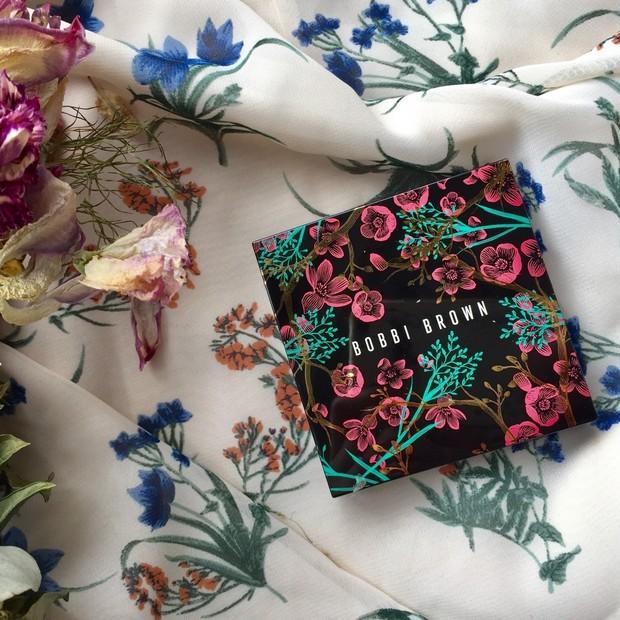 夏コスメPart2!! NYで人気の花屋とボビイブラウンがコラボ♬♬華やかで上品なデザインが可愛い♡