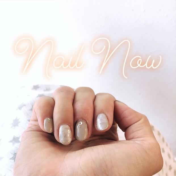 【New Nail】グレージュ、マーブル、囲みラメ、シャンパン&ミントストーン