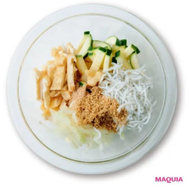 【美容スープレシピ】あっさりとした和テイストで胃にも優しい 「しらすと油揚げのスープ」作り方