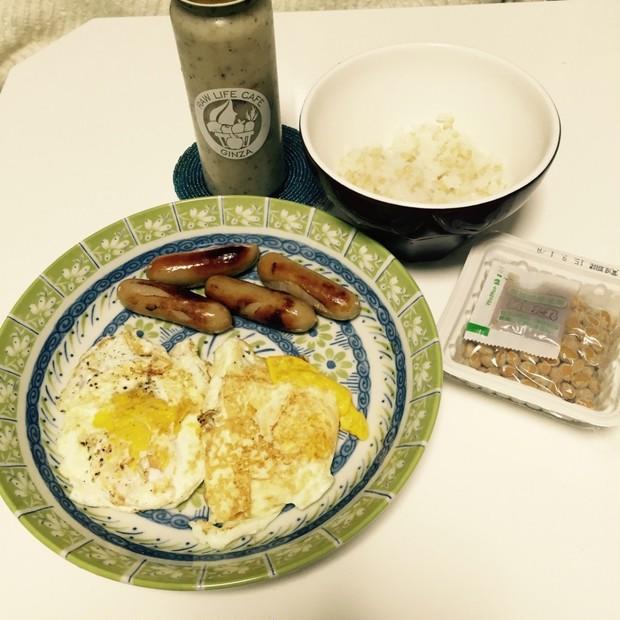 朝食(兼お昼?)ご飯