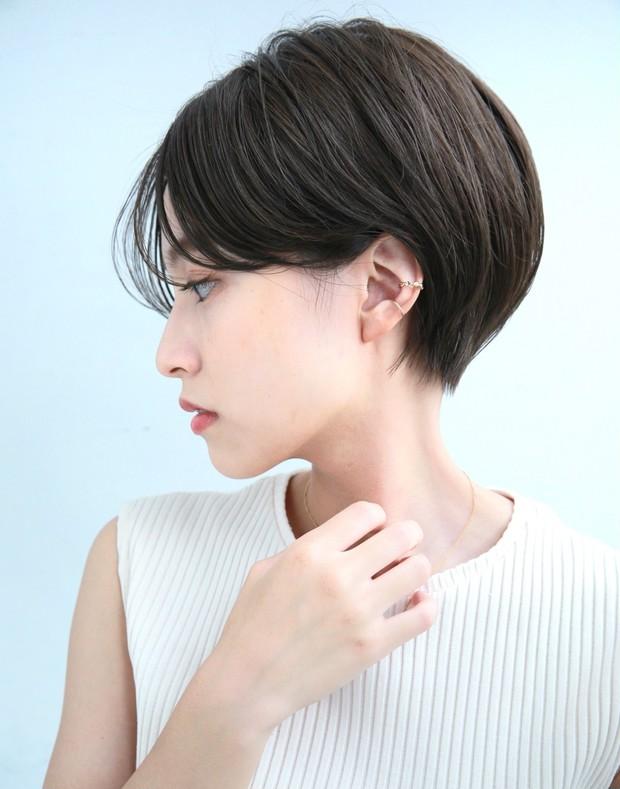 30代ツヤショートヘア写真