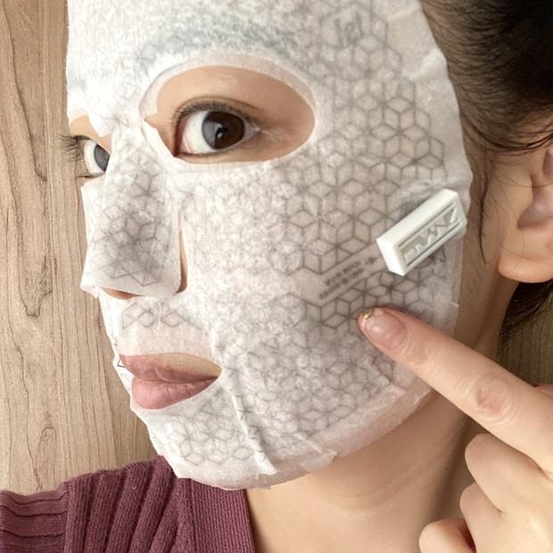 【フランツ】電流が流れる?!美顔器の様なシートマスク!!
