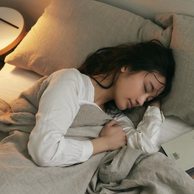 約8割の人は睡眠リズムが乱れている? 正しい睡眠とは?