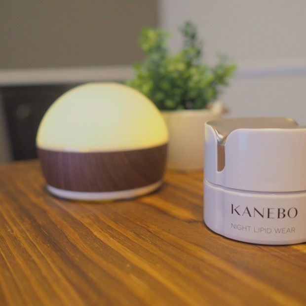KANEBOの時間美容クリームでリラックスしながら肌に潤いと美しさを