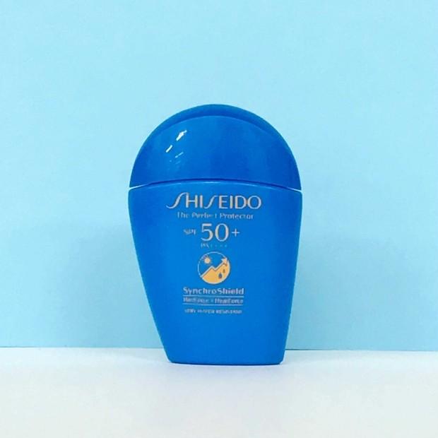 今年もスタメン確実の日焼け止め乳液。マキアエディターズの「オッス!推しコス」