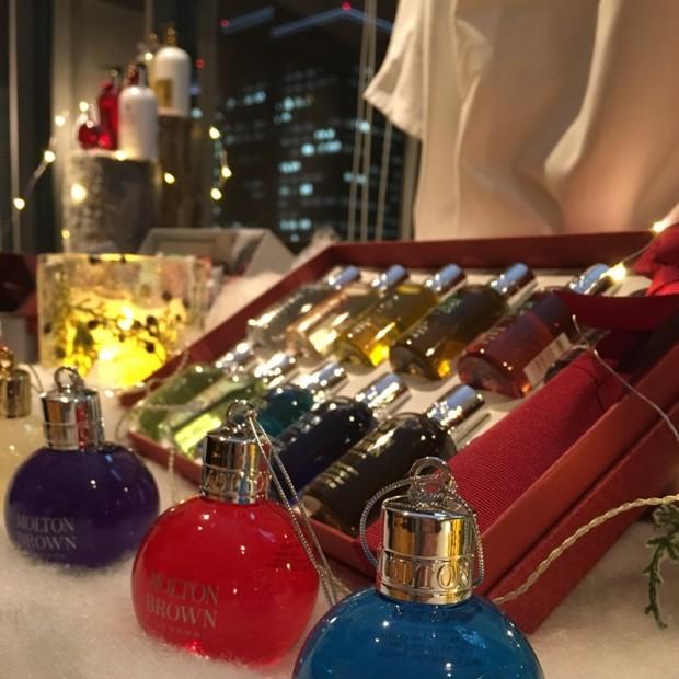 贈り物&自分へのご褒美☆モルトンブラウン「クリスマスリミティッドエディション」