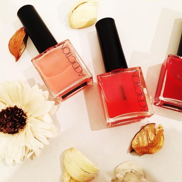 ADDICTIONピンクネイル色比較!桜の春は透けるシロップネイルで、指先もツヤっぽく!