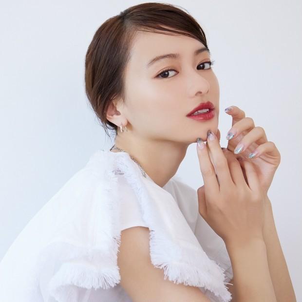 ロングヘアの山本舞香さんをニュアンスチェンジさせるなら?