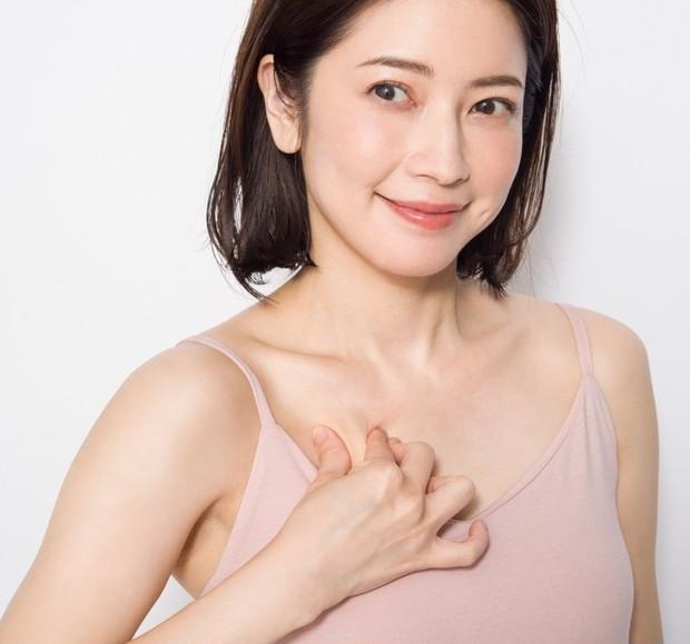 育乳セラピスト・森 絵里香さん流、お悩み別美乳マッサージ  _3