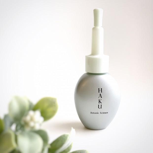 【HAKUの透明感対策美容液】乾燥くすみにアプローチして透明肌を目指そう