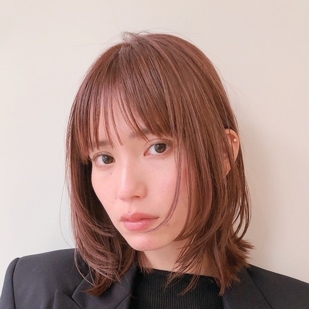 【30代・40代におすすめ】面長さんに似合う、くせ毛風ミディアムスタイル