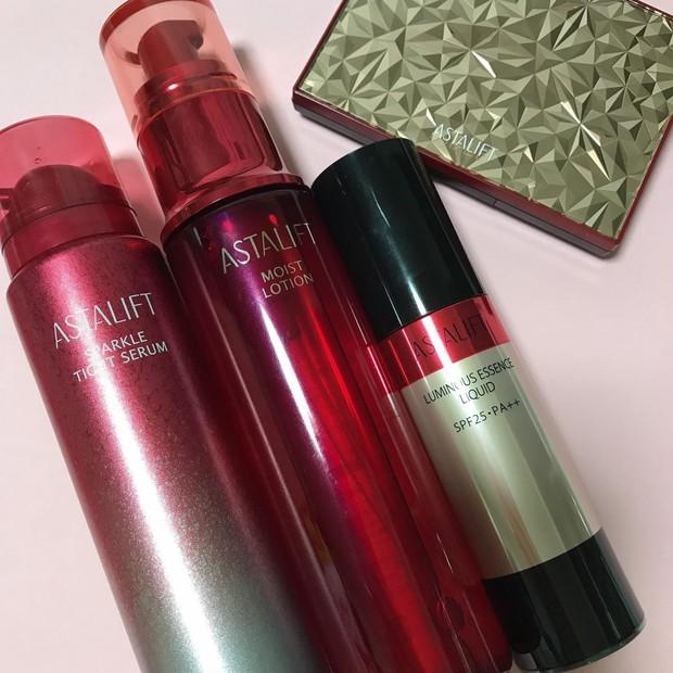 【ラインで使えばより効果的】アスタリフトの美容液、化粧水、ファンデーションのご紹介♪