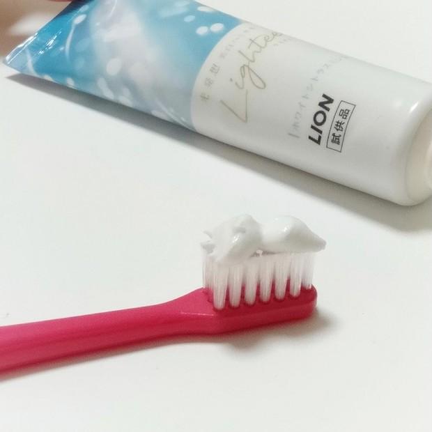 毎日の日課で白い歯を維持^^