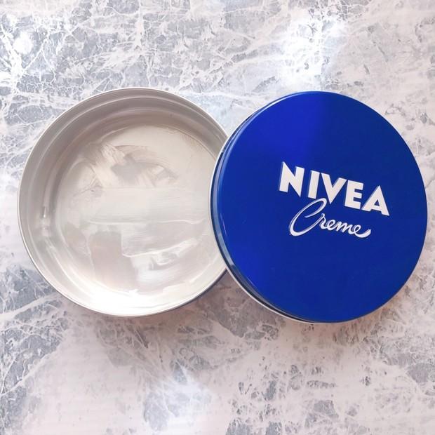 【いますぐニベアを買いたくなーる】人気プチプラコスメ!青缶の一番効果高いと思うおすすめ使い方!