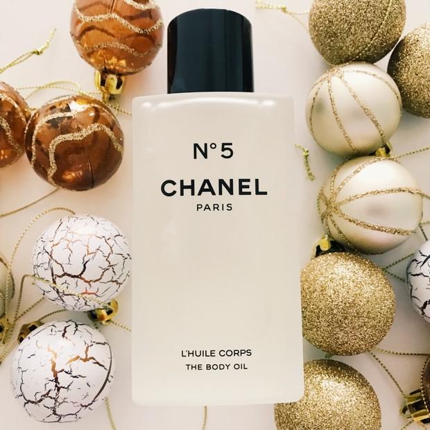 私のお気に入りクリスマスコフレ2018♥【シャネル N°5 ボディオイル】でしっとり温度で香らせる。