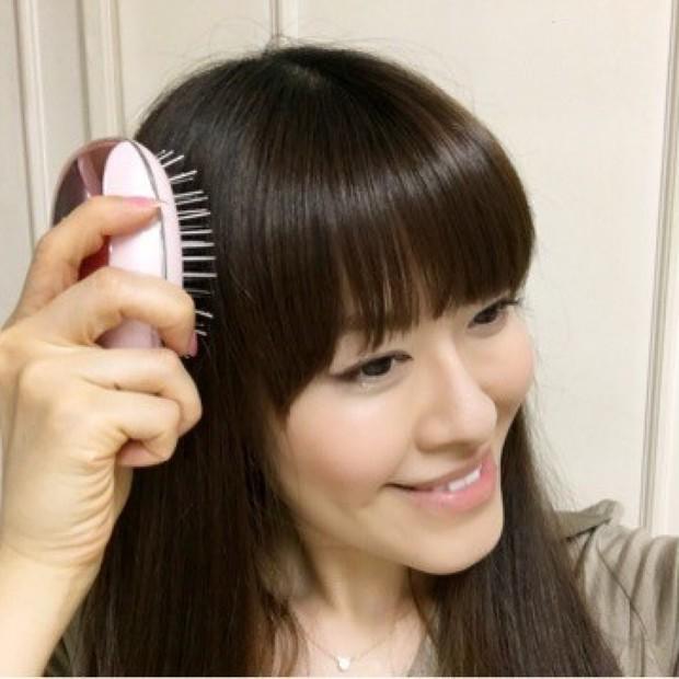 【ヘアケア】第一印象超アップ!いつでもどこでもサラッと美髪に近づくブラシ♪