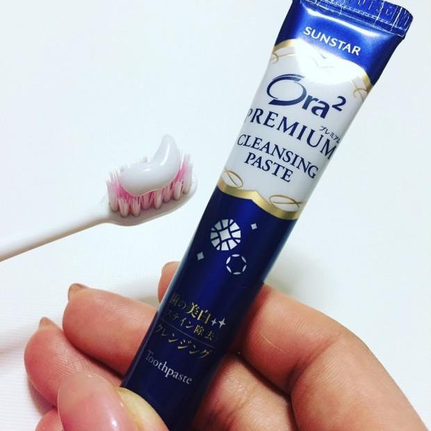 歯磨きにもご褒美を...週末ケアでツルツルの白い歯に♪