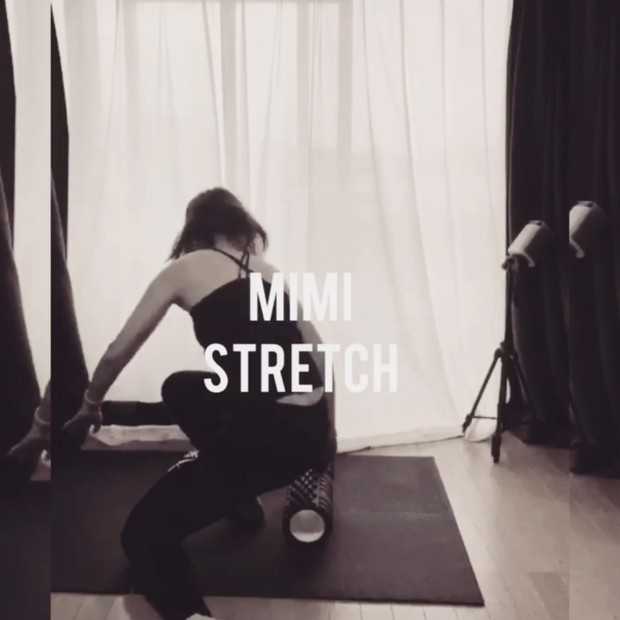 【動画】話題の筋膜リリース!フォームローラーローラーでほぐしストレッチ❤︎身体のラインが変わってきました。
