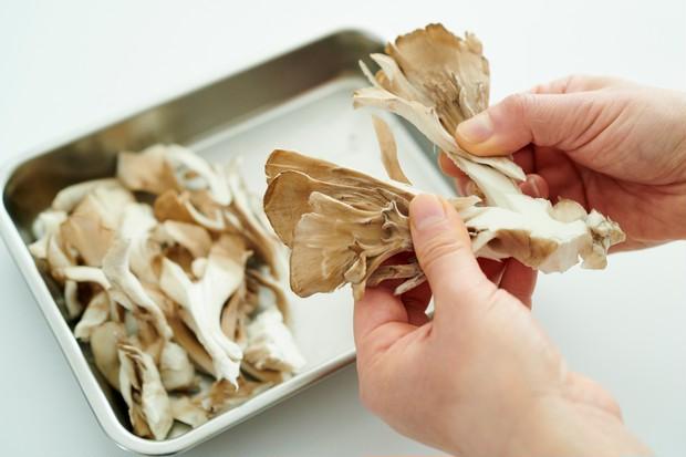 免疫力UP食材「まいたけ」で作る! 美肌や疲労回復にも◎サムゲタン風スープレシピ_4