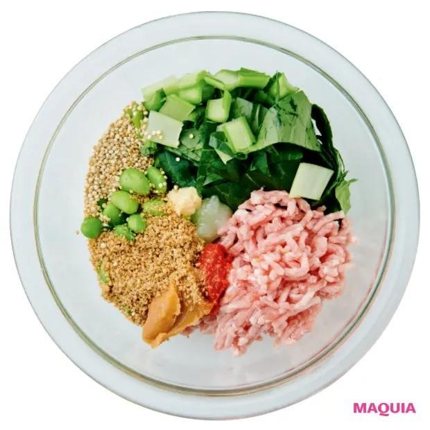 【美容スープレシピ】STEP2 調味料と水分を加える