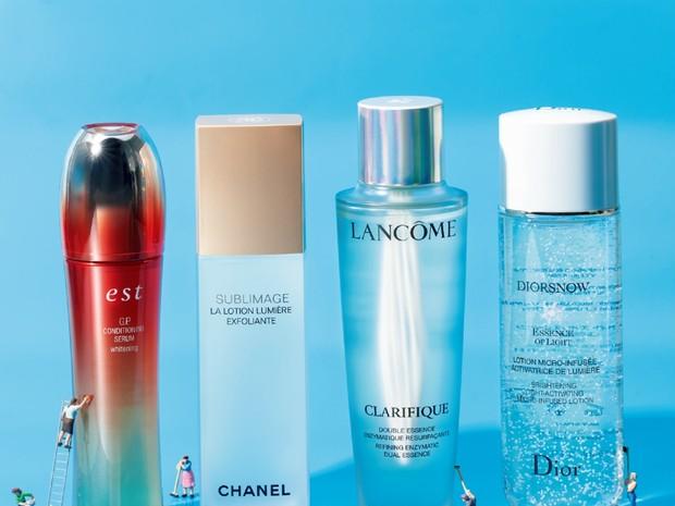 くすみを一掃する化粧水4選! 美プロの効かせワザつき