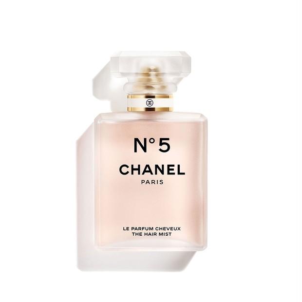 【シャネル N°5 ホリデー 2020】今年のクリスマスはN°5の香りで彩りを! ヘアミスト、ハンドクリームのほか特別仕様のパルファムも登場