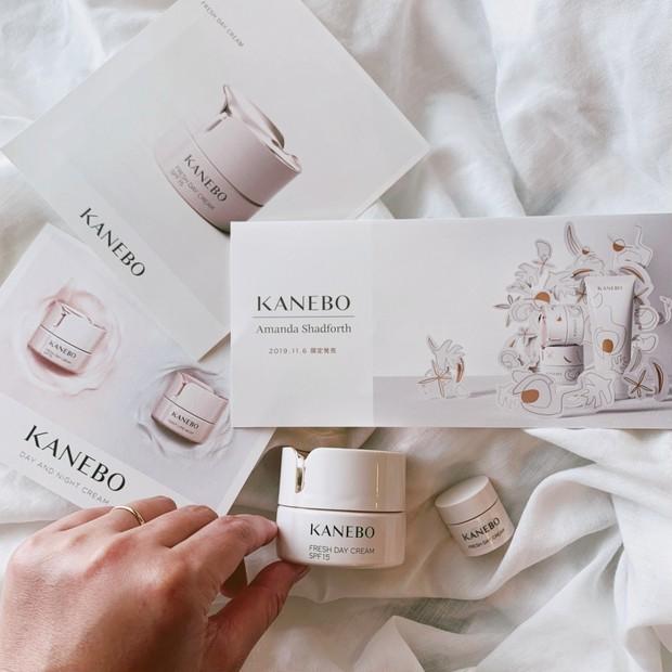 朝こそクリーム!夜の1.5倍量&時間をかけて保湿!KANEBO[カネボウ]フレッシュデイクリームで水分・油分のバランスを整えて日中もテカりにくい肌へ