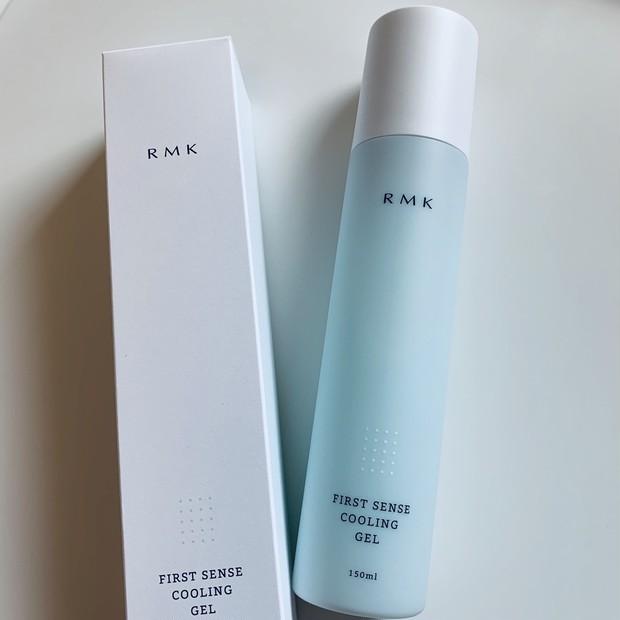 夏の肌を、ひんやりジェルが心地よくクールダウン。『RMK』の保湿液で、うるおい補給も抜かりなく! #金曜日の肌投資コスメ_2