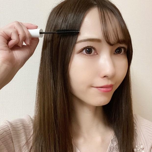 【髪に使えるマスカラ?!】前髪セットやおくれ毛対策が一塗りで叶う時短アイテムのご紹介♡