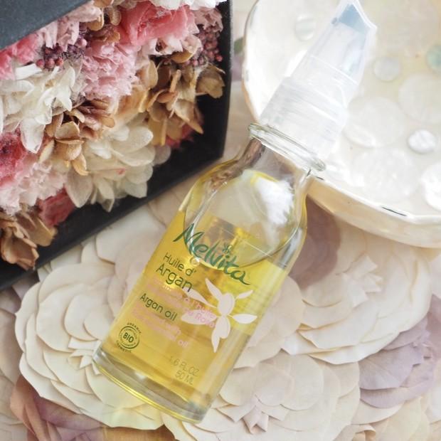 【メルヴィータ】ローズの香りのアルガンオイルでアロマ効果を取り入れた保湿スキンケアにハマっています!