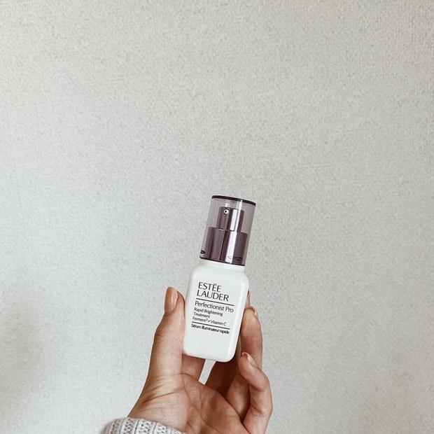 エスティーローダーの#お清め美容液で、シミもくすみもサヨナラ!!澄み渡る浄透肌へ。