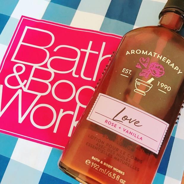 日本未上陸!Bath and Body Works♡ROSE VANILLA♡甘い香りのボディローションで保湿ケア♪