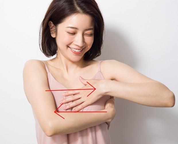 育乳セラピスト・森 絵里香さん流、お悩み別美乳マッサージ  _9