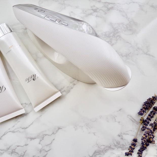 ReFaの新しいカテゴリーReFa BEAUTECHから新発売した美顔器は1回5分で肌の美しさを育む力を高める