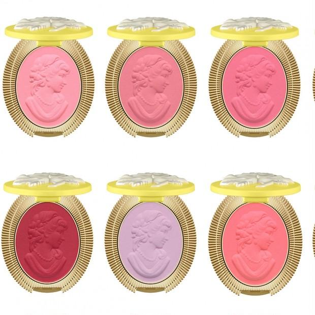 「レ・メルヴェイユーズ ラデュレ」で人気のチーク10色がミニサイズに! 6月26日限定発売のアイテム全見せ!