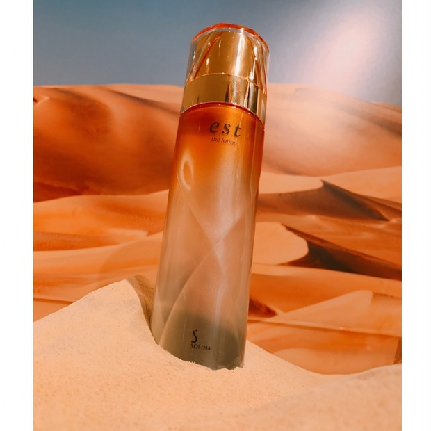 おすすめ!ベストコスメ受賞 エスト究極の化粧水「エスト ザ ローション」砂漠のような乾燥環境でも◎
