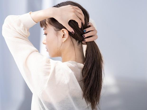 ピンを使わないまとめ髪を覚えたい!【山本舞香×北原果】無造作なこなれシニヨン_4