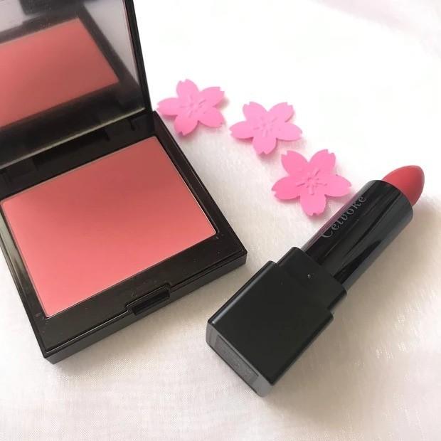 【桜コスメ】桜の香りと桜カラーの春メイク_使用したチーク&リップ