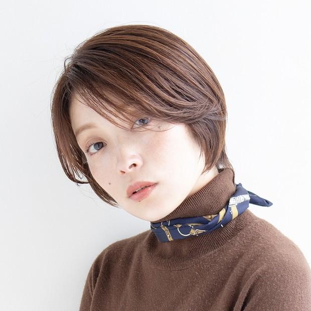 【大人のショートヘア】アンニュイムードの美人見えショート