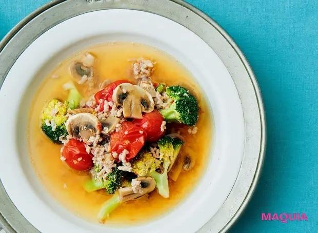 【美容スープレシピ】ナンプラーがきいたさわやかでコクのある味わい 「豚ひき肉のさっぱりサワースープ」