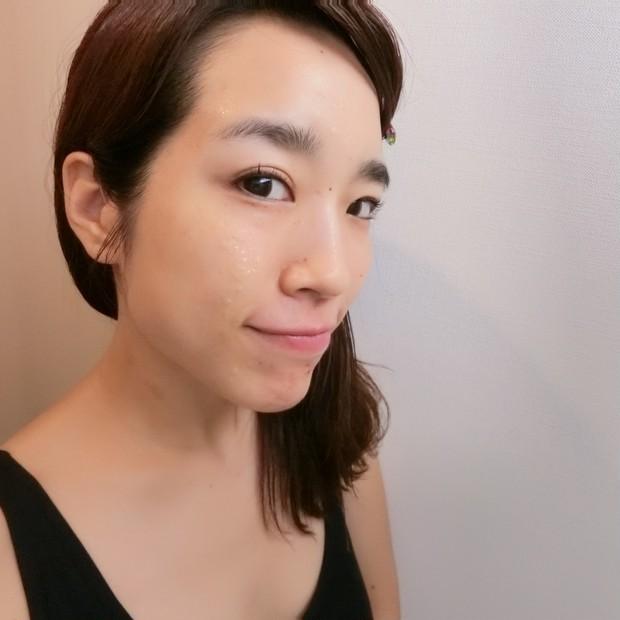 毛穴が気になる方へ、肌引き締め美容液✨アスタリフト スパークル タイト セラムの成分と効果は?