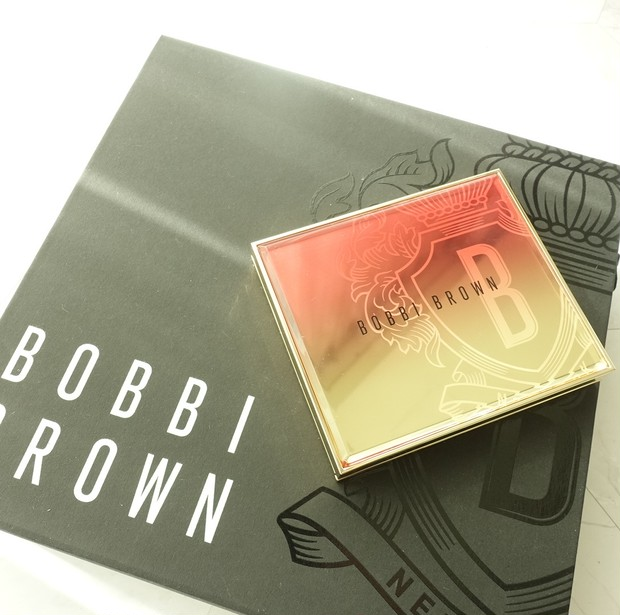 クリスマスコフレ2020第三弾【BOBBI BROWN】争奪戦必至のリュクスパレット&ミニハイライトは11月13日発売!_1