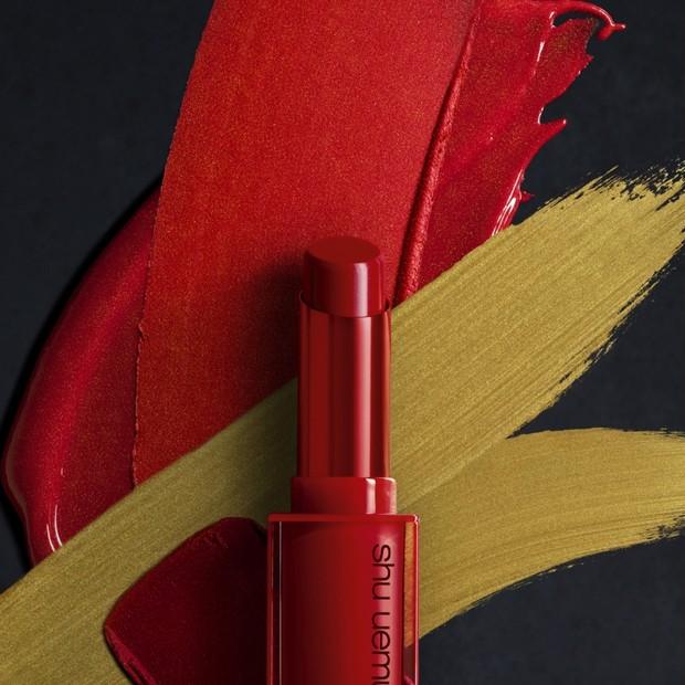 1月1日発売!「シュウ ウエムラ」2020年の口火を切るのは、エネルギッシュな赤のリップスティック!