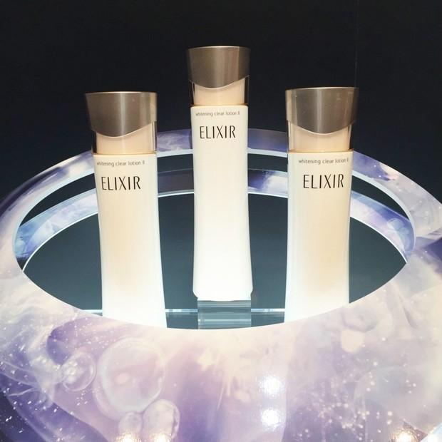 「エリクシール ホワイト」がコラーゲンに着目したエイジング美白へと進化!