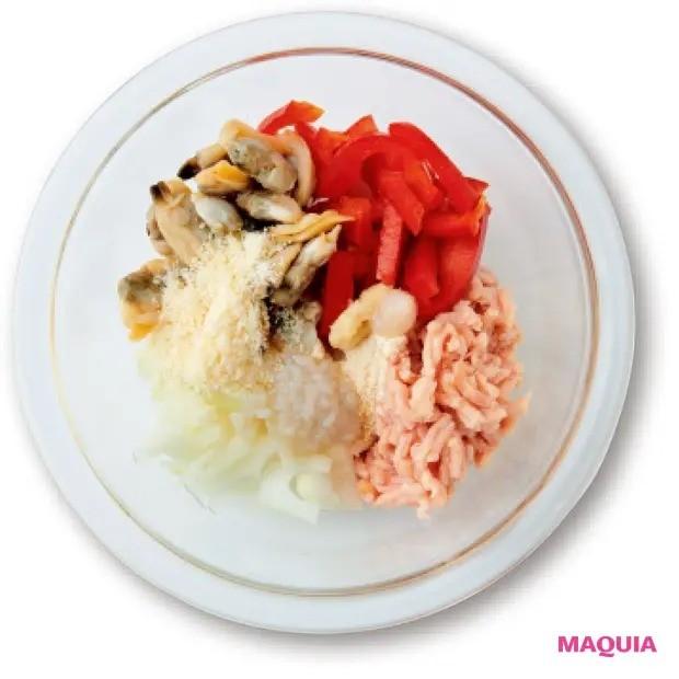【美容スープレシピ】豆乳と塩麹でまろやかで優しい仕上がりに 「鶏ひき肉とあさりの豆乳塩麹チャウダー」_作り方